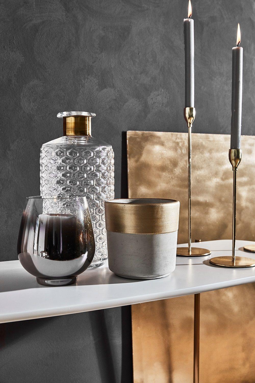 Pure Eleganz Die Wohnaccessoires In Grau Und Gold Strahlen Pure