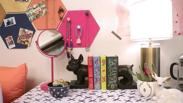 Here S A Baker S Dozen Dorm Room Decor Ideas That Won T