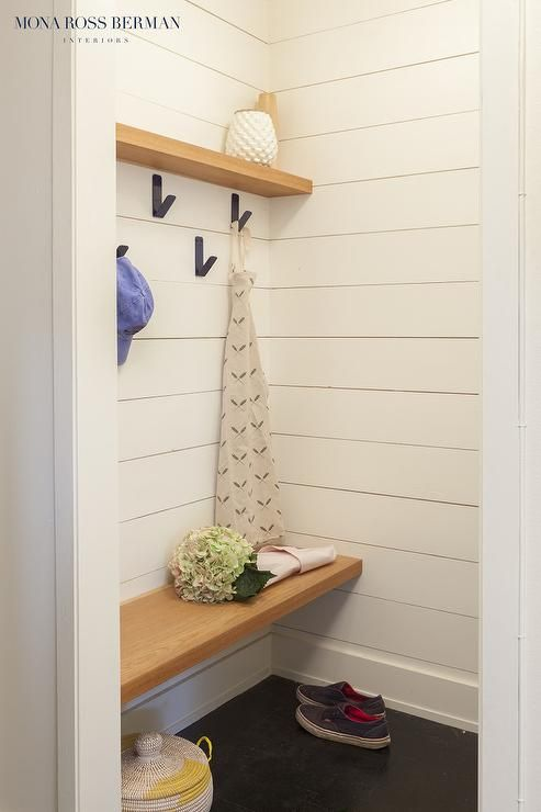 Admirable Amazing Mudroom Boasts A Shelf And Staggered Iron Hooks Interior Design Ideas Clesiryabchikinfo
