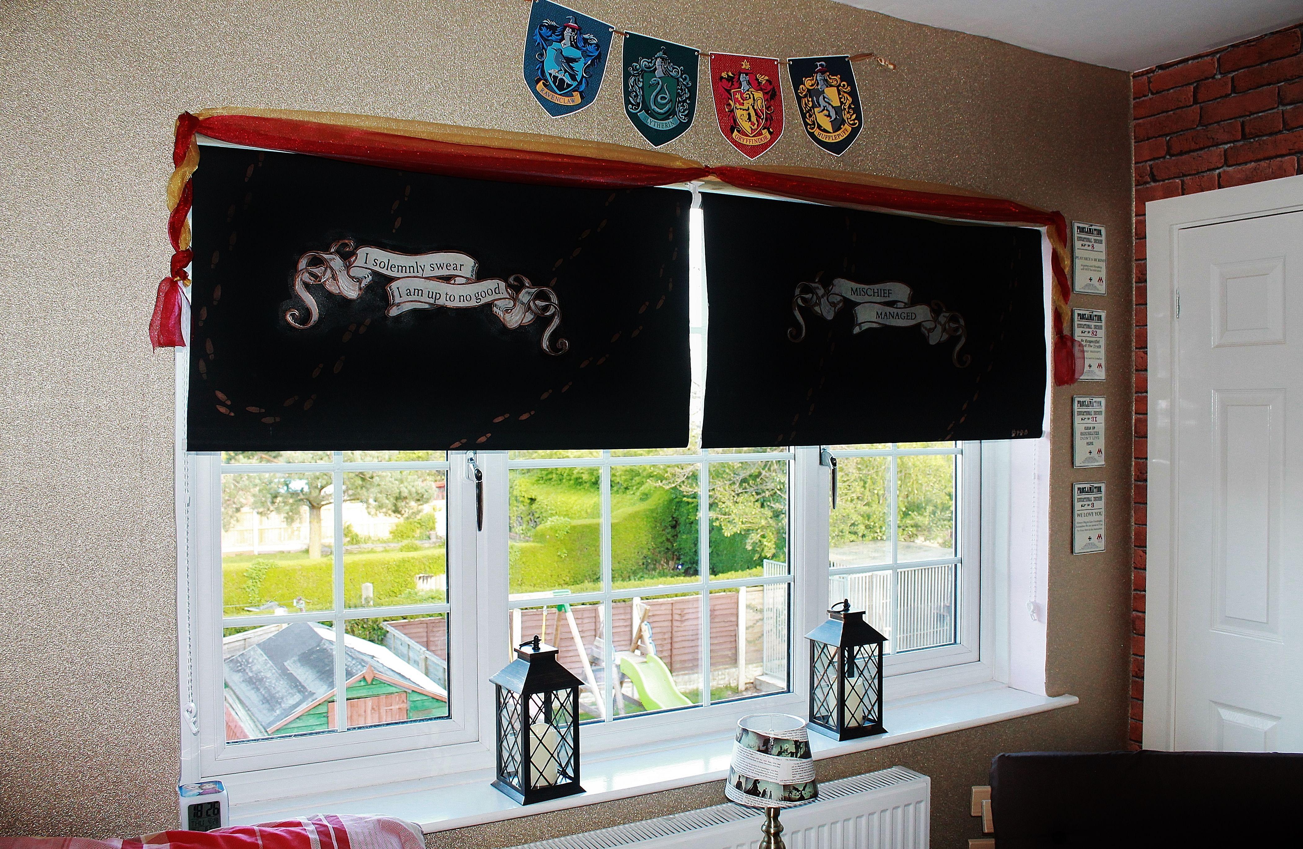 Harry Potter Bedroom Roller Blinds Crafts Hogwarts Crests
