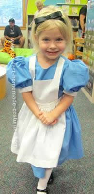 Coolest do it yourself alice in wonderland costume wonderland homemade do it yourself alice in wonderland costume this do it yourself alice in wonderland solutioingenieria Image collections