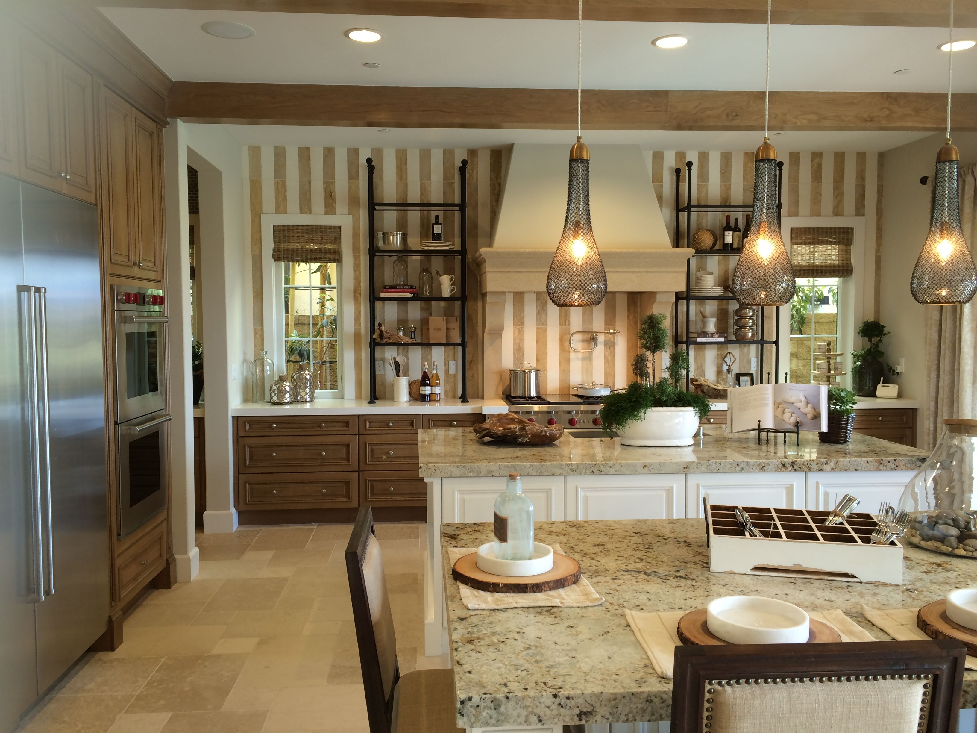 love this look for kitchen