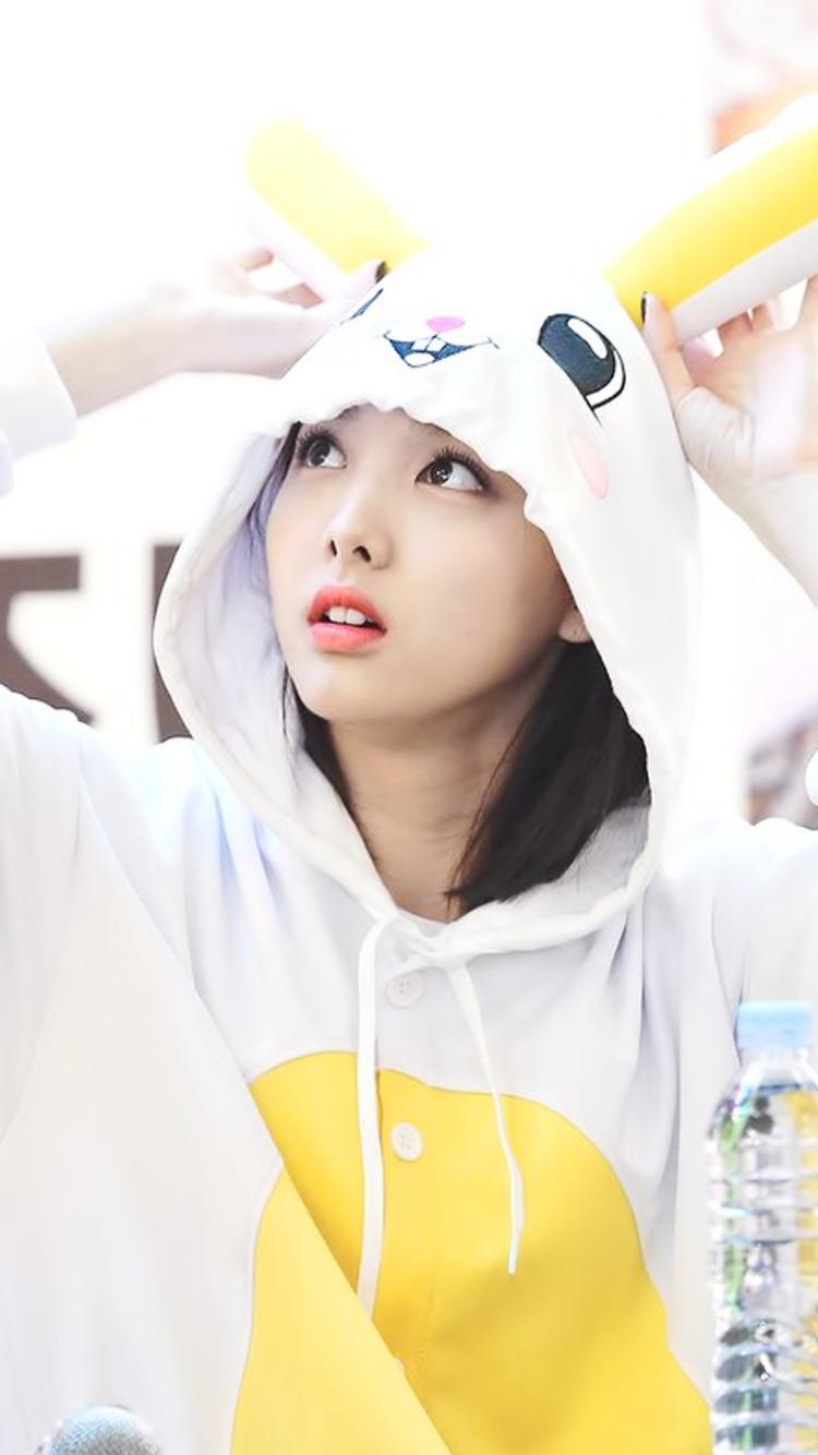 Twice Wallpapers Tumblr Im Nayeon In 2019 Nayeon Im Nayeon Kpop