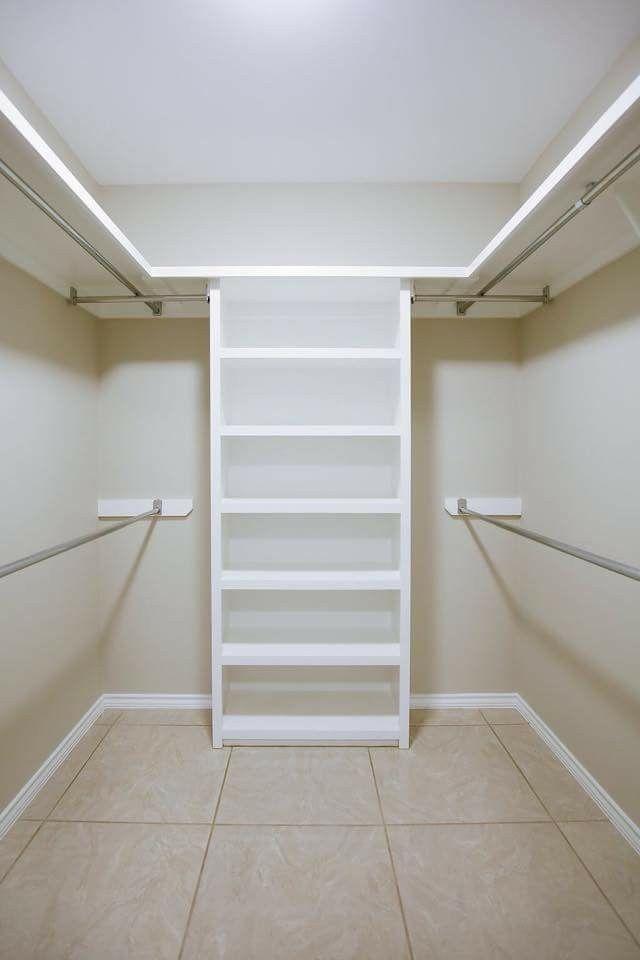 12 Kleine Ideen für begehbare Schränke und Organizer-Designs - Mein Blog #ankleidezimmer klein ikea