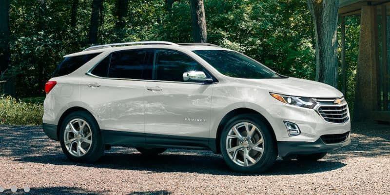 2019 Chevrolet Equinox In White Parked Chevy Chevrolet Equinox