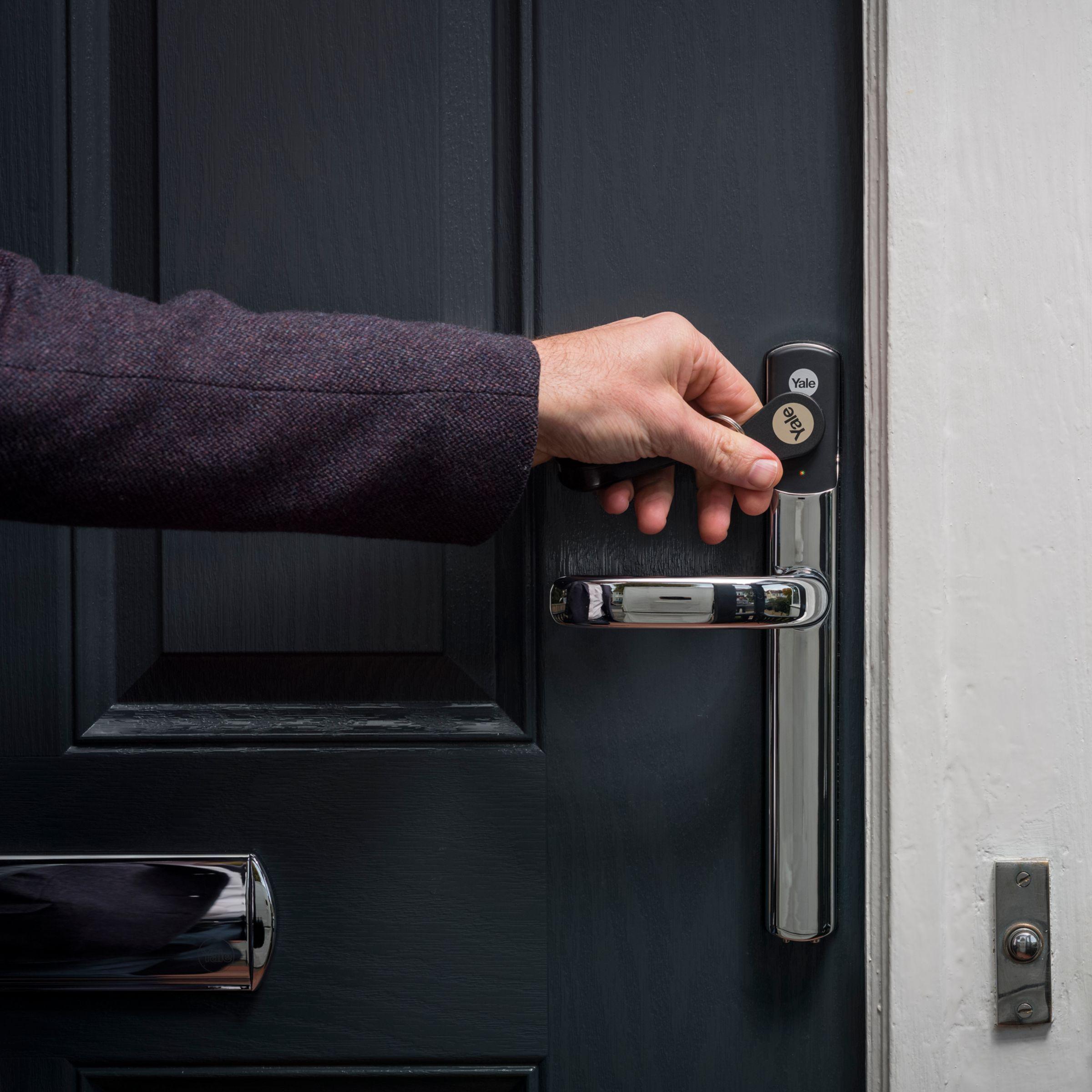 Yale Keyless Conexis L1 Smart Door Lock Smart door locks