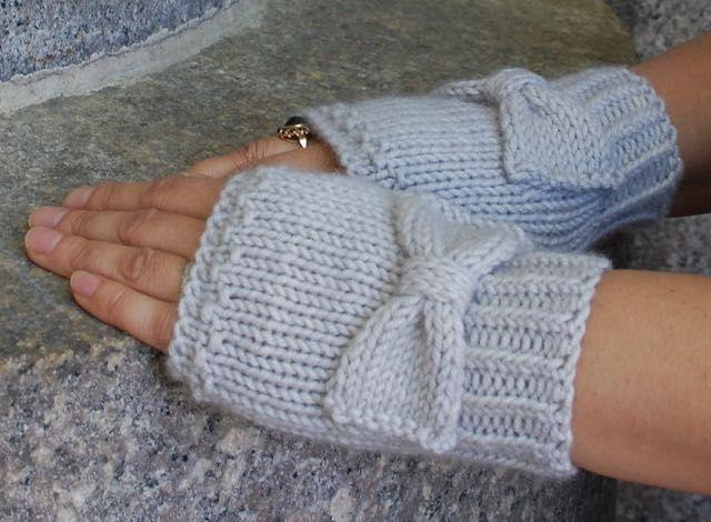 Knit By Bit Audrey Gloves By Nancy Ricci Gloves Fingerless