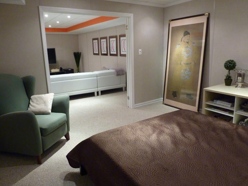 Finished Basement Idea For Other Side Finished Bedroom Just Add French Doors Will Also Come With Full Ba Finishing Basement Basement Decor Build My Own House