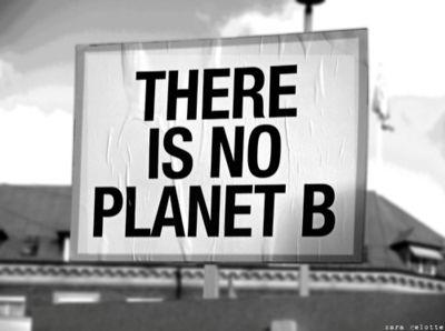 """Por outro lado, lembrei de uma frase de Aldous Huxley: """"E se este mundo for o inferno de outro planeta?"""""""
