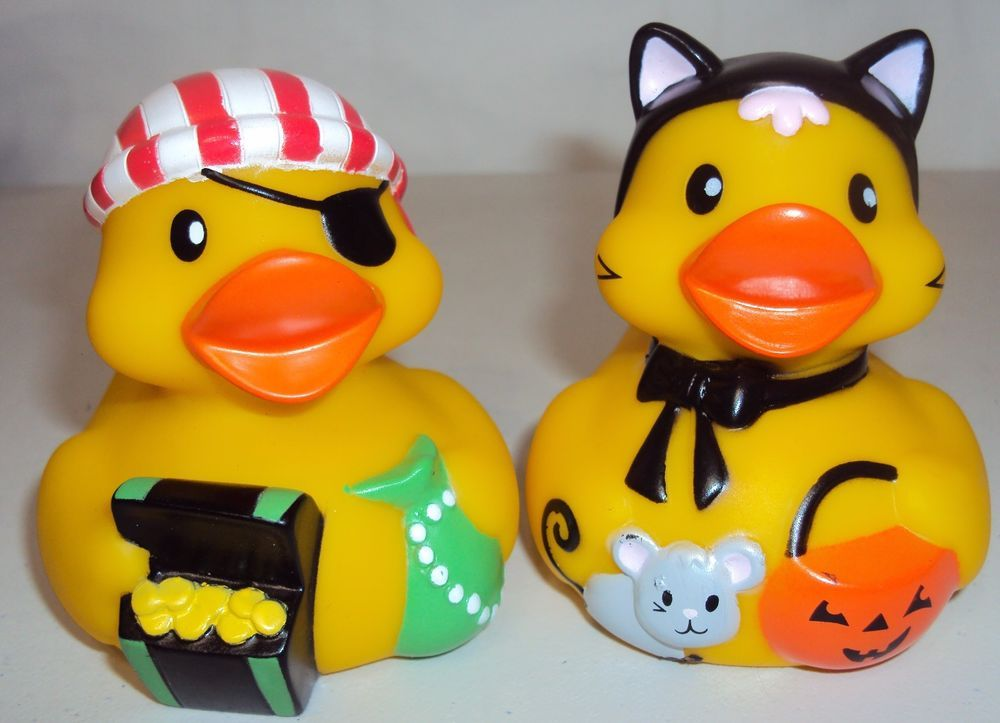 2 HALLOWEEN RUBBER DUCKIES Cat Duck and Pirate Infantino | Rubber duck