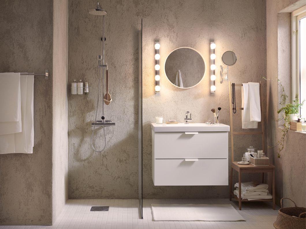 Gleichmäßig und funktionell beleuchtete Badezimmer sind ideal für ...
