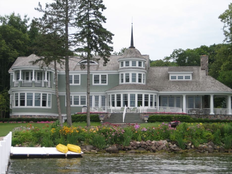Fabulous home on lake geneva wi dream homes pinterest for Home builders in wisconsin
