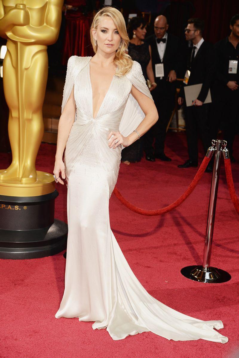 Kate Hudson in Atelier Versace #Oscars