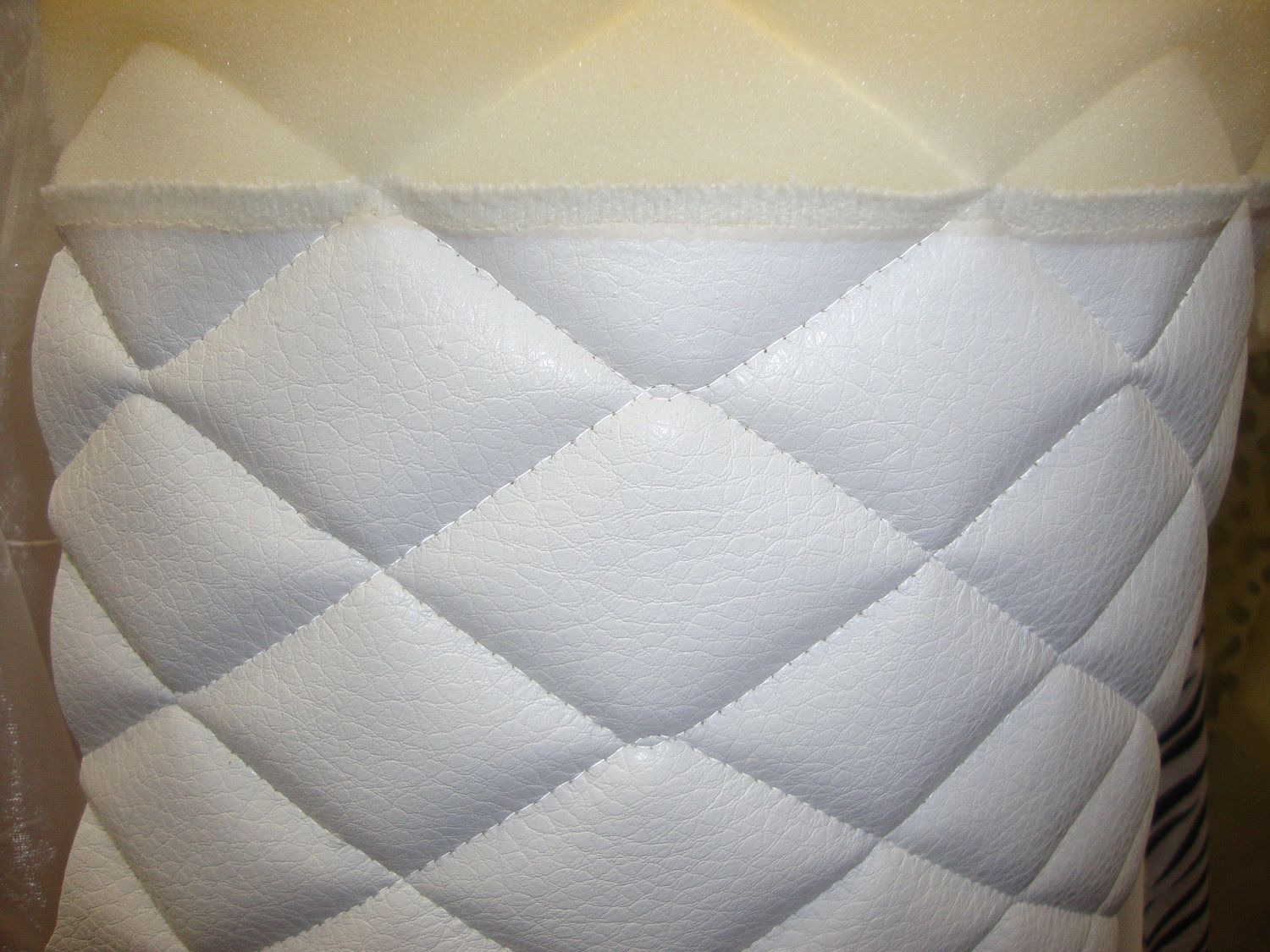 Vinyl Upholstery White Quilted Vinyl Fabric With 3 8 Foam Backing