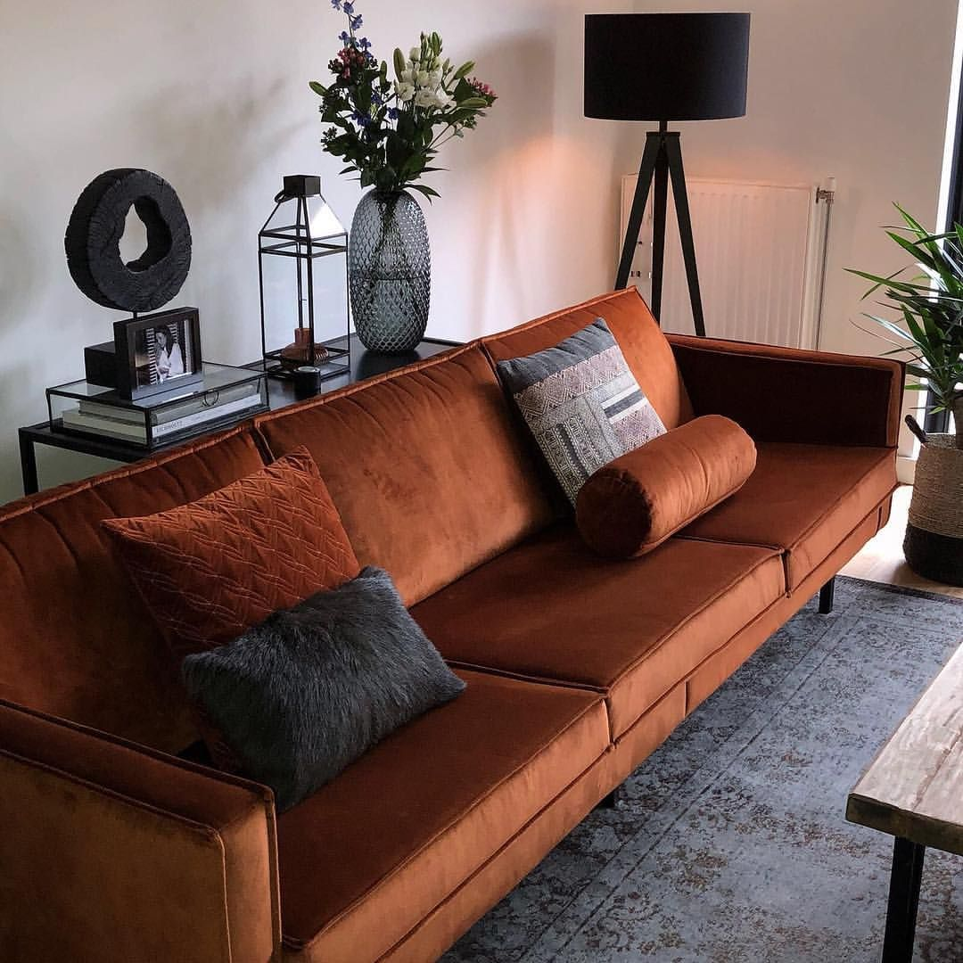 Design Bank Oranje.Warm Rust Rich Velvet Rodeo Nothing But Love For This Sofa