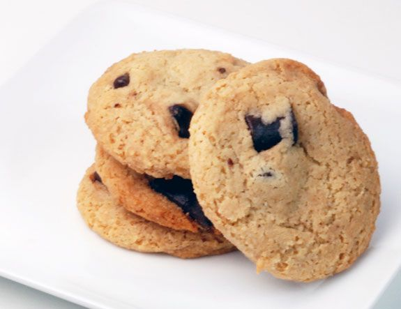 Primal Chocolate Chip Cookies  Love these with coconut oil in place of the shortening / Grain free, gluten free