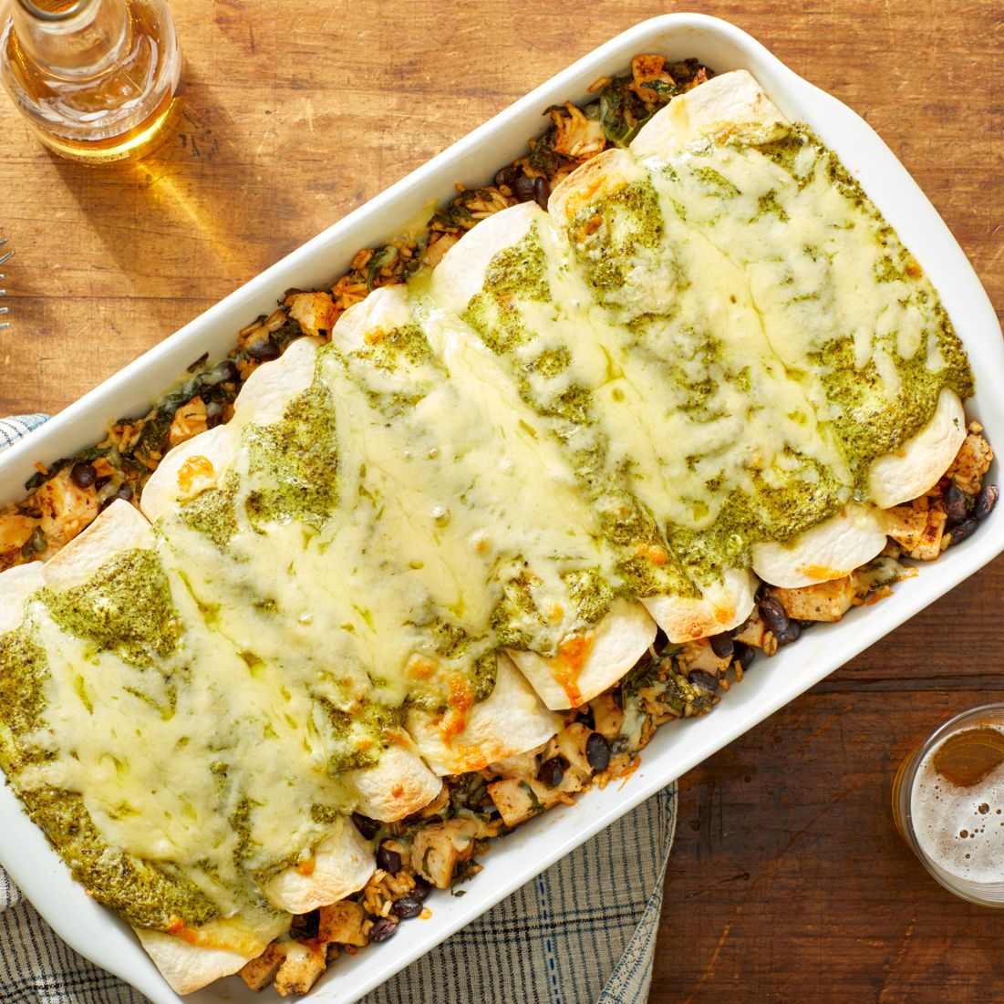 Cheesy Black Bean & Chicken Enchiladas with Creamy Cilantro Sauce #cilantrosauce