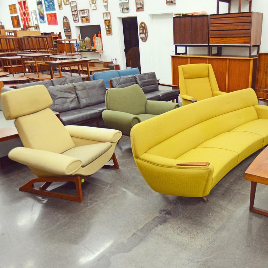 mid century møbler is a berkeley based vintage furniture dealer that