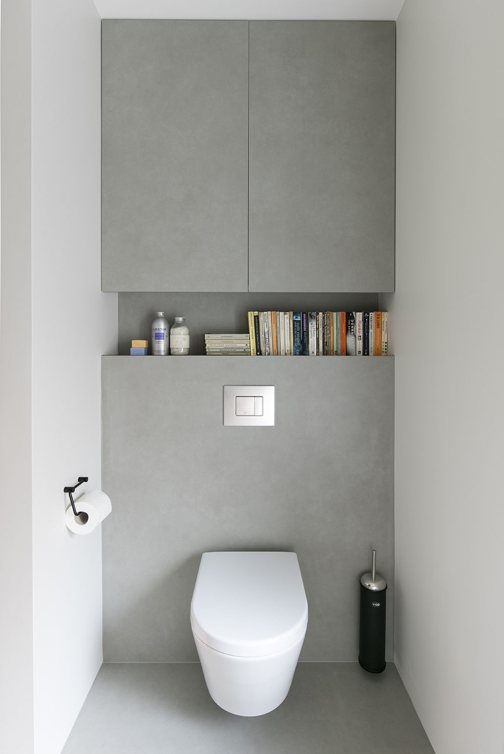 Kleine Toilette A Sleek, Polished Look Provides A Calming Feel This Cloak Room. We Used A Porcelain Tile Called Pietra Di O… | Badezimmer, Badezimmerideen, Kleine Badezimmer Design