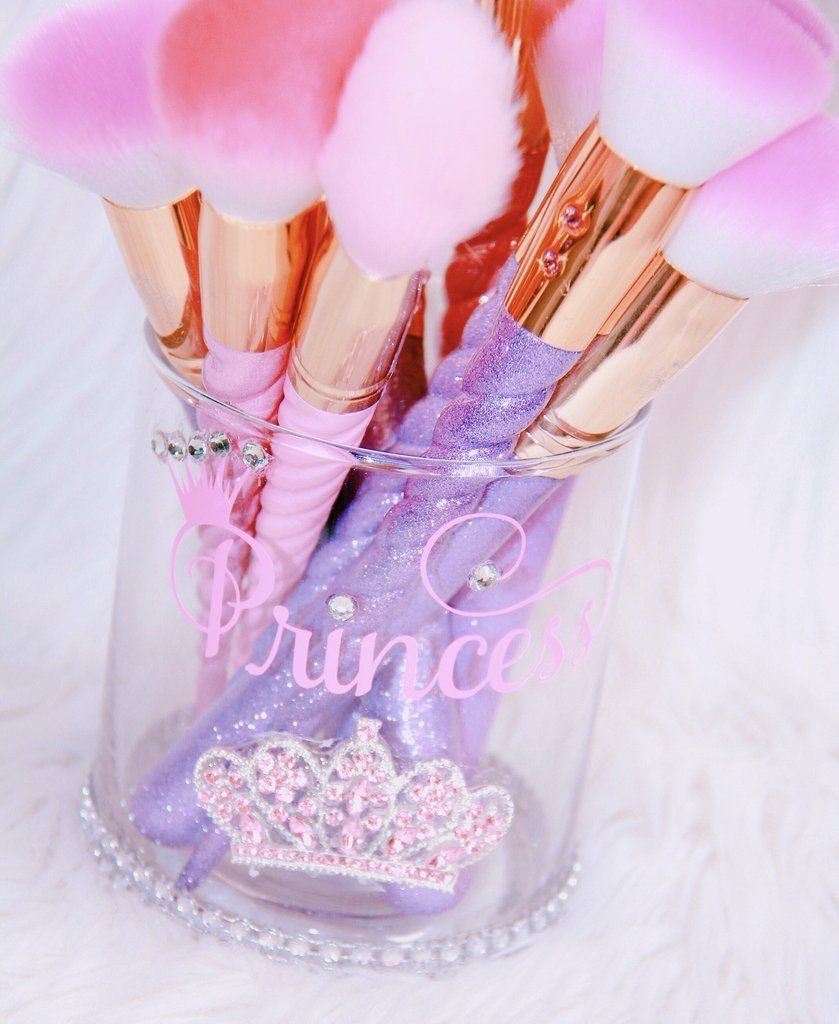 Photo of Princess brush holder