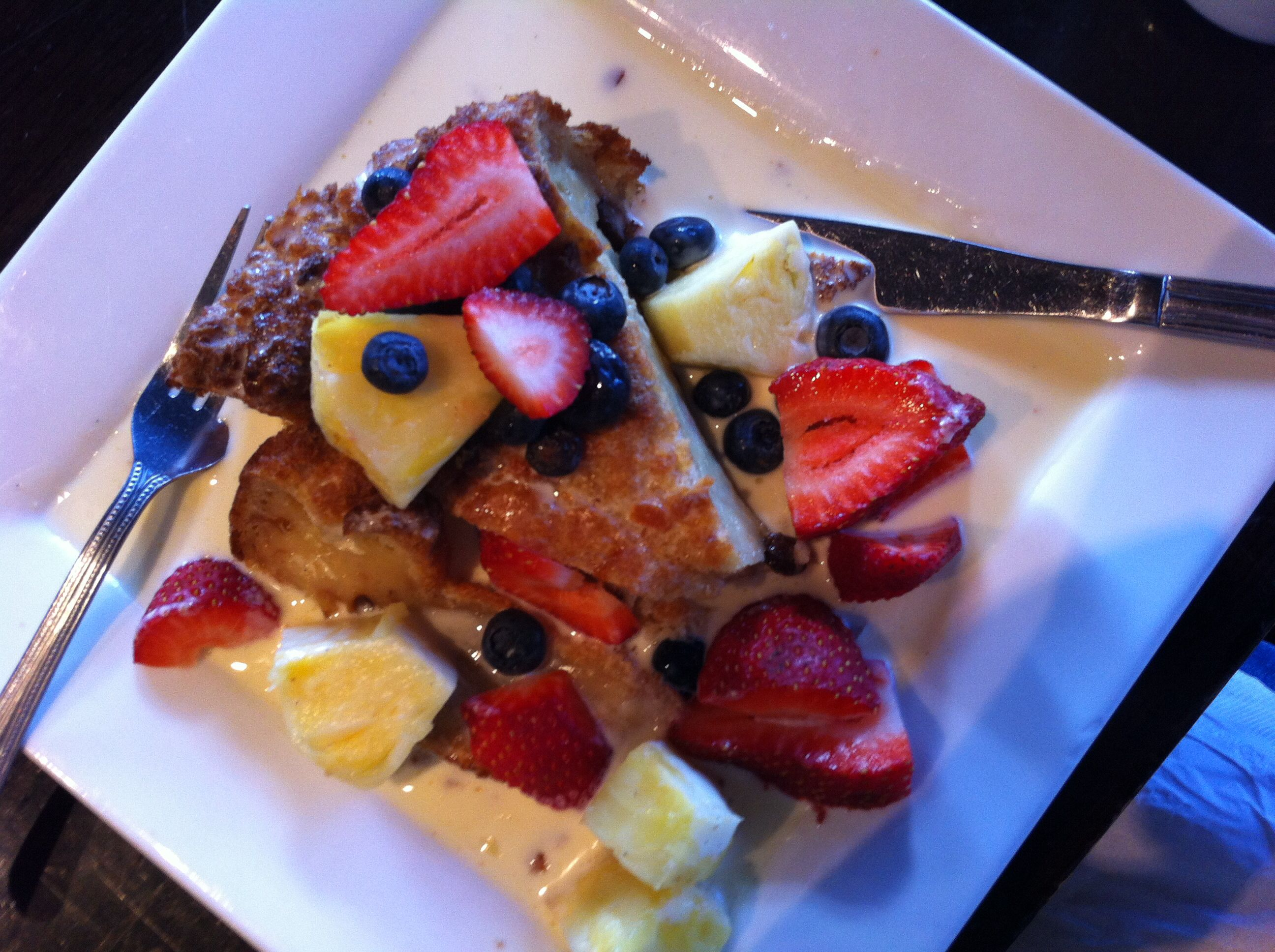St. Clair - Restaurant: Pain Perdu - Pain Perdu 736 St Clair Ave W, Toronto, ON M6C 1B7 Open from 8 am