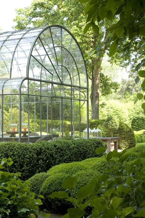 Glass conservatory vintagehomeca:  (via Bieke Claessens - Tuinen)