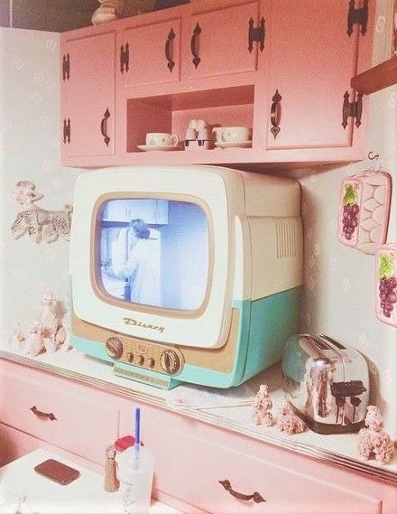Pin By Anya From Dollhouse On Home Decor Aesthetic Vintage Pink Aesthetic Vintage Pink