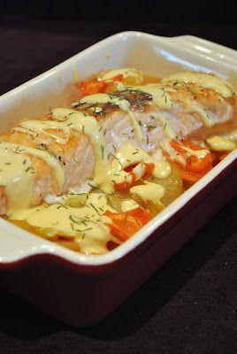 Wildlachsfilet auf Kartoffel-Karotten-Gratin