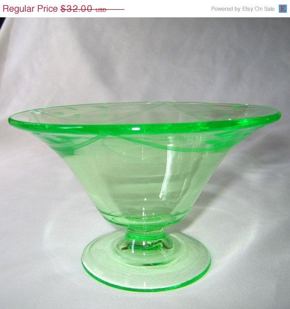 7d32a2e49a2a Antique Tiffin Leaf Etch Glass Green Low Footed Compote Bowl This beautiful  green uranium glass low footed bowl is Tiffin Glass    151 with a
