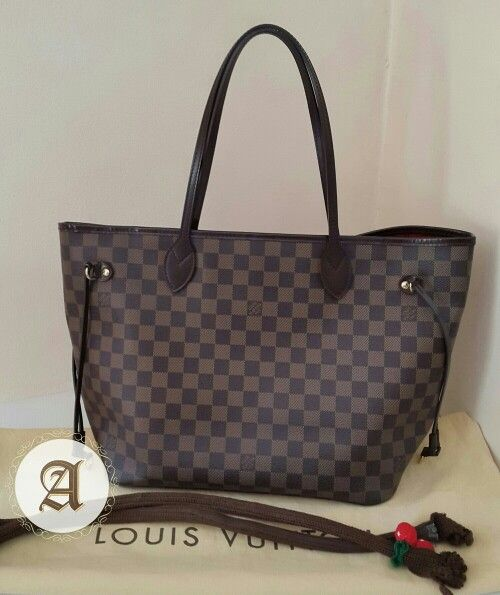 fe936b4f27 Used Authentic Louis Vuitton Neverfull Damier MM : 2,750AED Like new ...