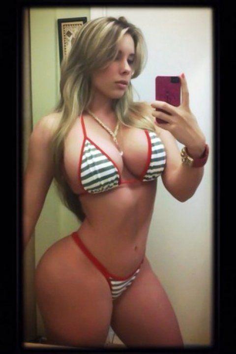 Body build girl nude