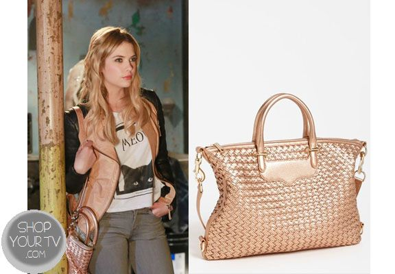 Pretty Little Liars Season 4 Episode 3 Hanna S Gold Purse Marin Ashley Benson Carries This Rose Woven Leather Bag In Week Of
