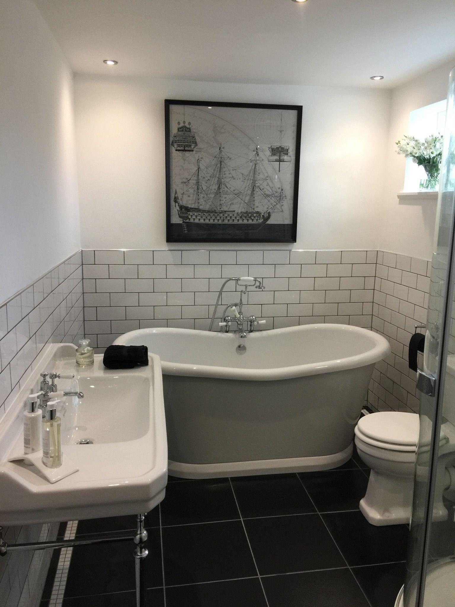 Badezimmer dekor gelb black and white burlington bathroom  kleines bad in