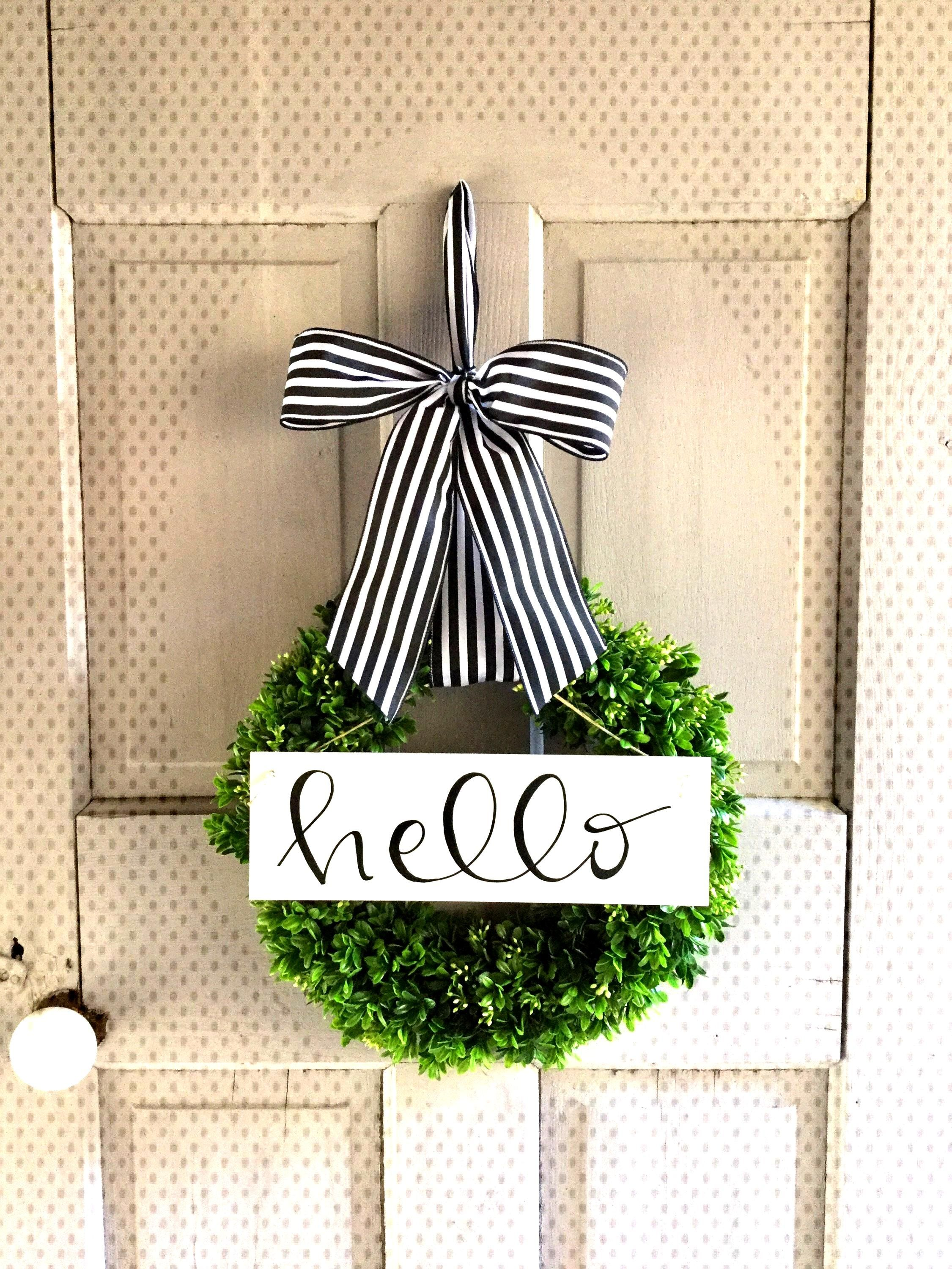 Most up-to-date Cost-Free Boxwood Wreath chalkboard Thoughts The papers boxwood wreath is an ideal