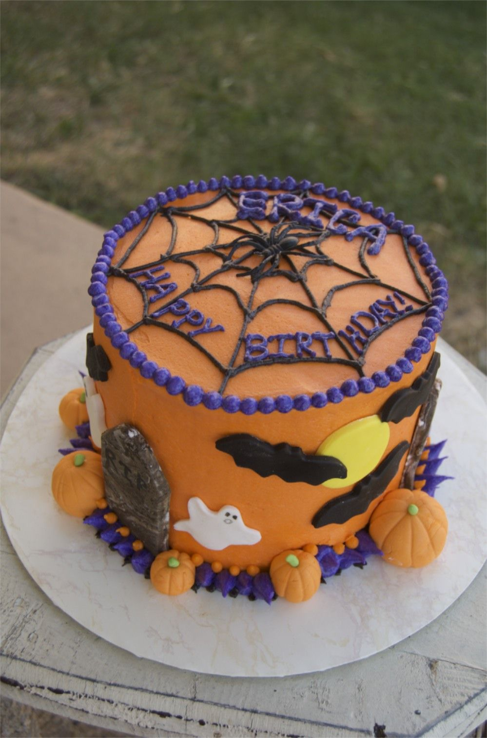 Halloween birthday cake ? Pinteres?