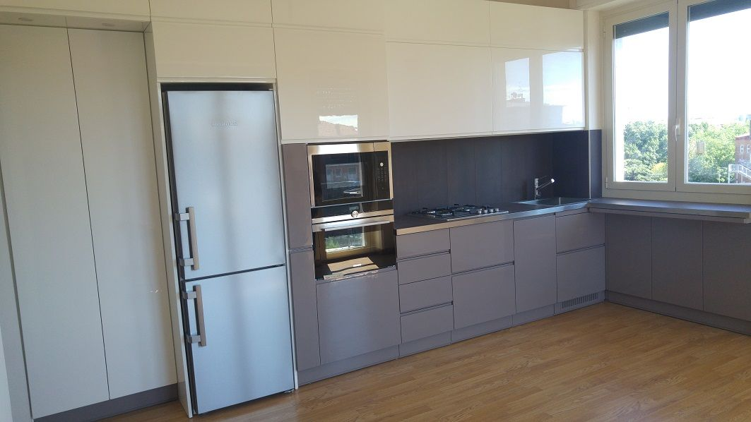 Cucina ad angolo sotto finestra cucine su misura di creocasa pinterest - Cucina ad angolo con finestra ...