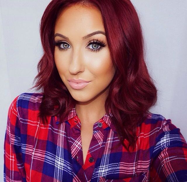 The queen of red hair, Jaclyn Hill