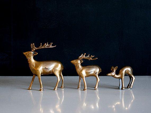 3 Vintage Messing Hirsch Reh Statuen Deer Totem von Europetastetic