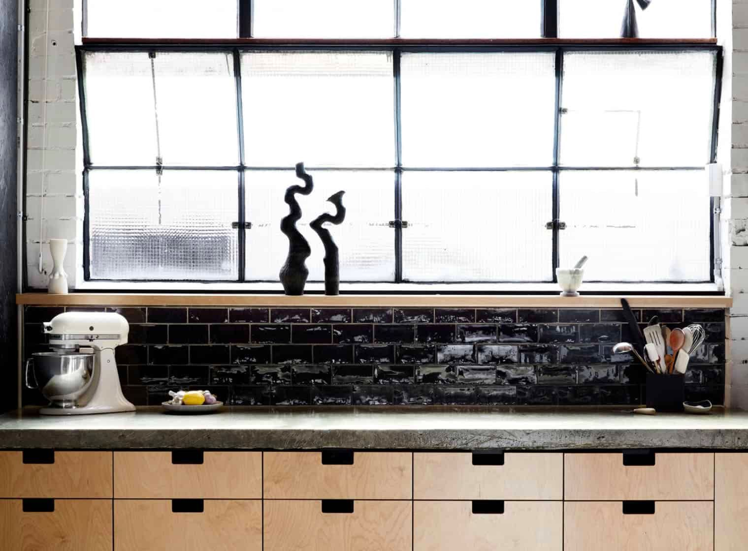 The Difference Grout Color Can Make To Your Tiles Emily