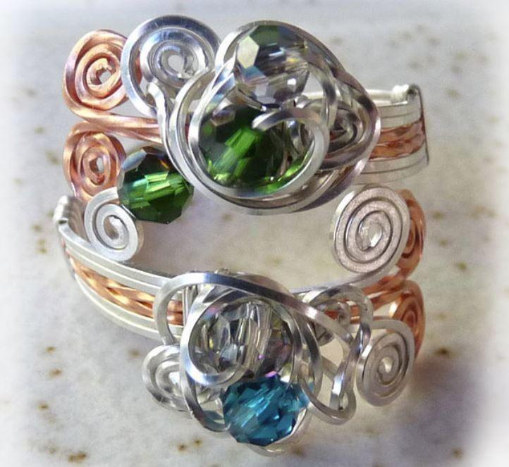 Crystal Swirl Wire Ring | Draht und Schmuck