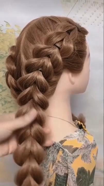 Braided Hair Tutorial Video Easy Medium Length Hairstyle Tutorial Video 20 Frisuren Lange Haare Madchen Geflochtene Frisuren Mittellange Haare Frisuren Einfach
