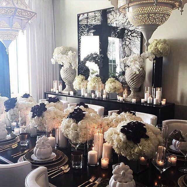 32 Stylish Dining Room Ideas To Impress Your Dinner Guests: Khloe Kardashian Thanksgiving