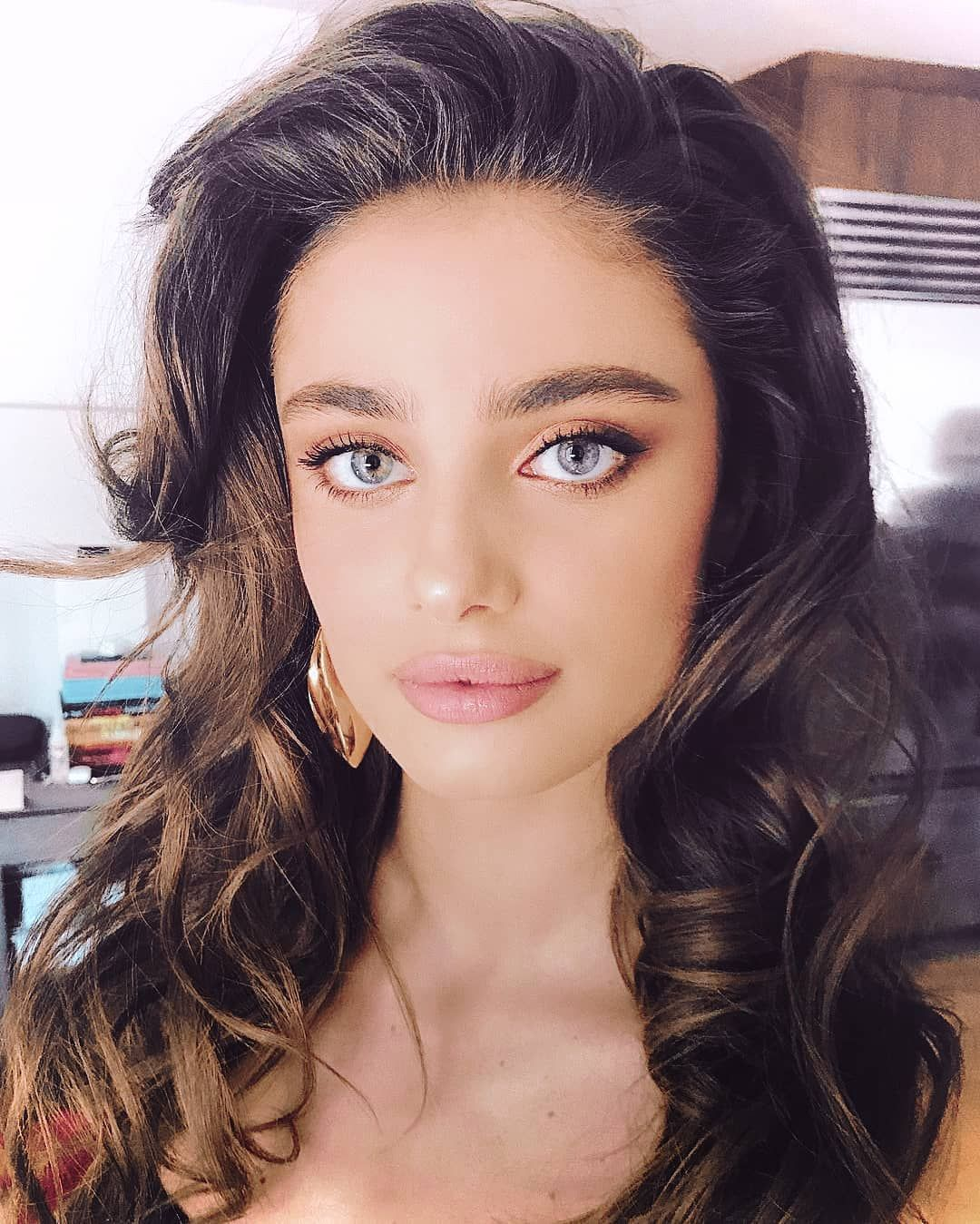 Anemona Niculescu taylorhill how can someone be this beautiful | iubitele mele