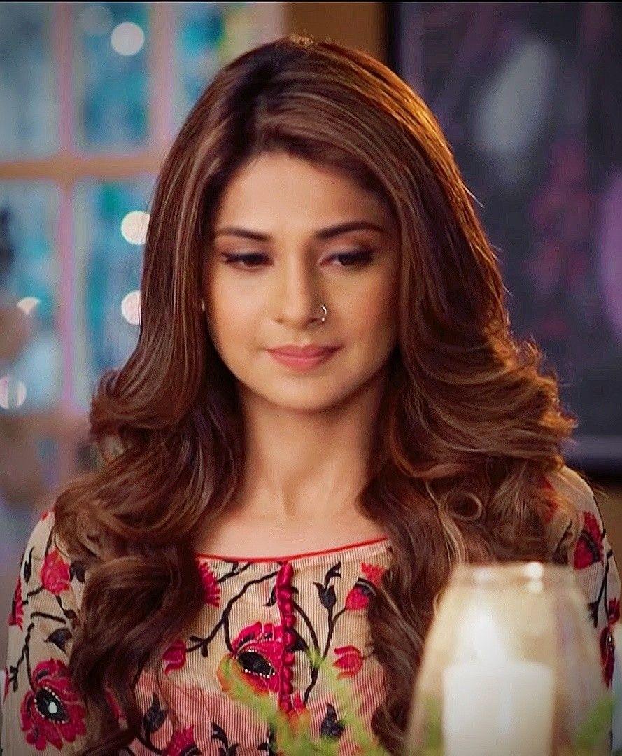 Pin By Zunaira Ali On Beautiessss Jennifer Winget Jennifer Winget Beyhadh Beautiful Indian Actress