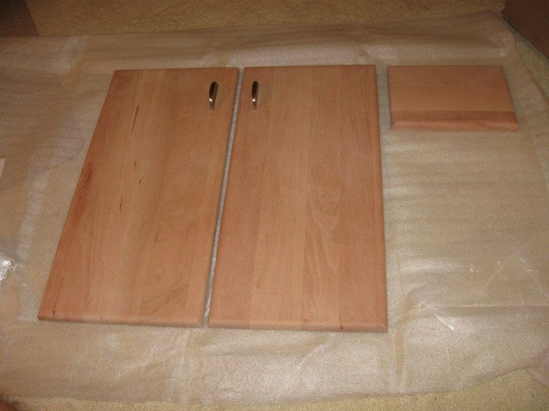 Slab Kitchen Cabinet Doors | ... makes all kinds of doors ...