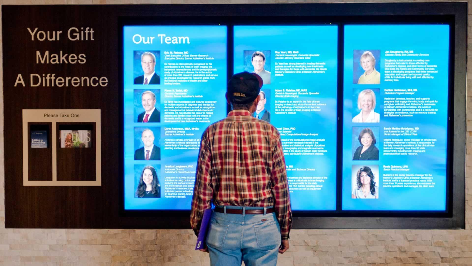 digital donor recognition, health care, digital signage