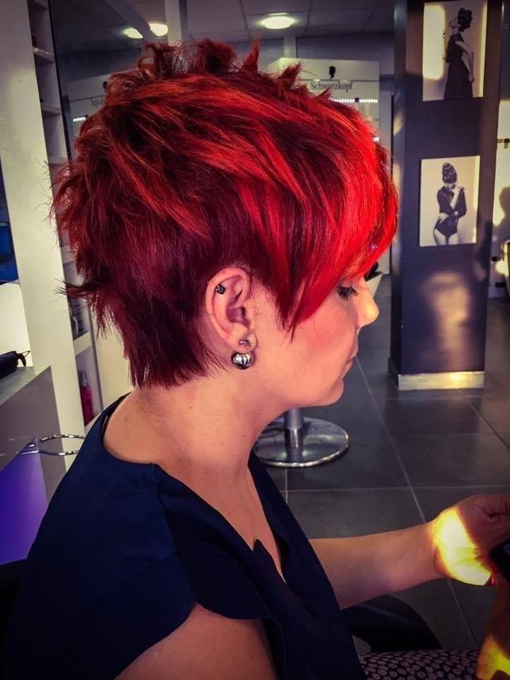 Trendy Neue Sehr Kurze Frisuren Frisur Trend Frisuren Kurze Haare Rot Kurze Rote Haare Kurzhaarfrisuren