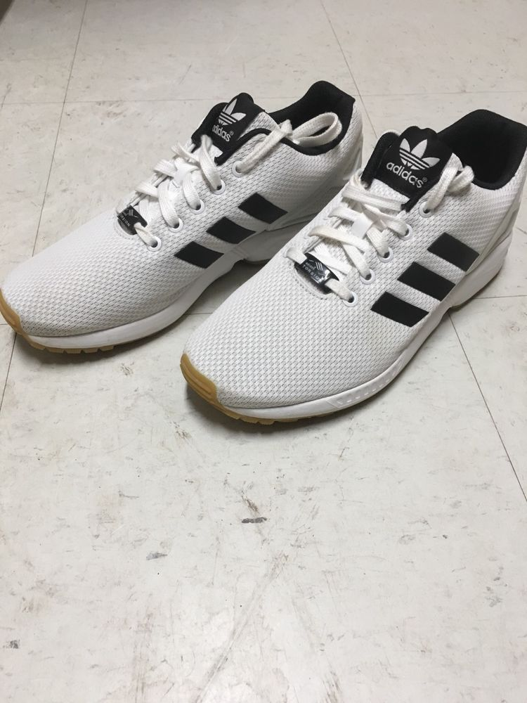31606b263d36f Adidas Men s White ZX Flux Shoe Size 8 1 2 Pre Owned  fashion ...