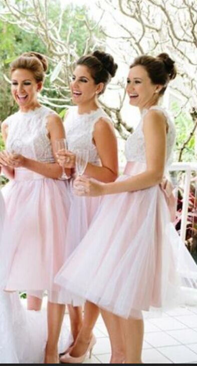 Short Beach Bridesmaid Dresses With Bow Sleeveless Lace Tulle Skirt White  Pink Knee Length A Line Wedding Party Gowns 4ffbb99367d8