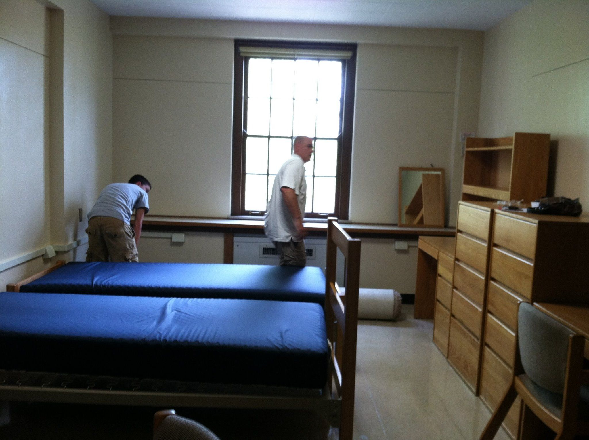 Dorm room furniture layout - Initial Layout And Furniture See After Pic